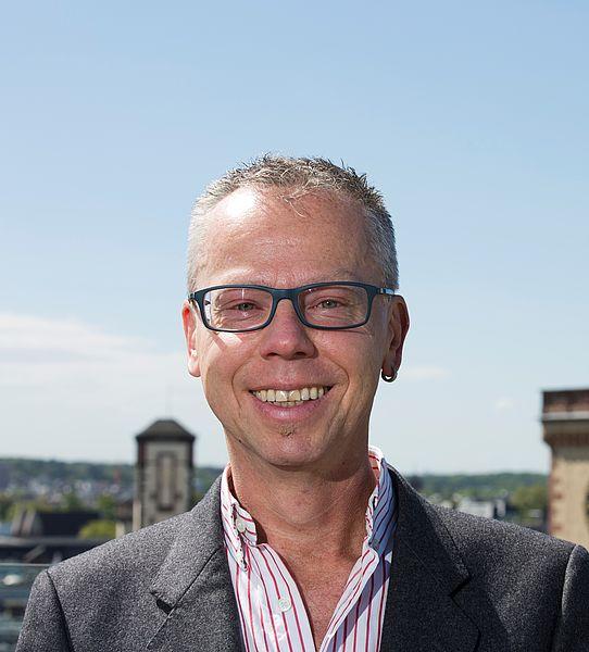 Dr. Olaf Lewerenz